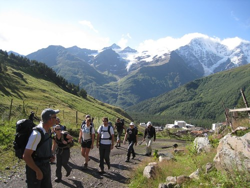 elbrus south - accommodation and food.jpg