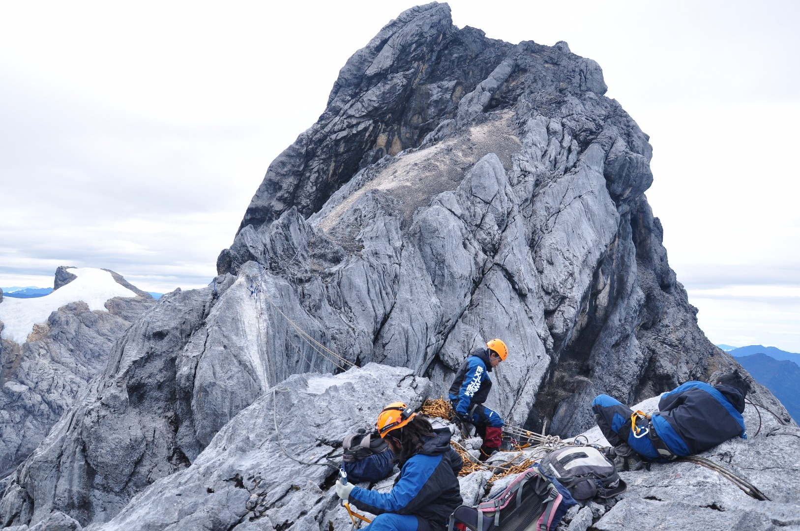 Puncak Jaya Carstensz Pyramid Expedition Adventure