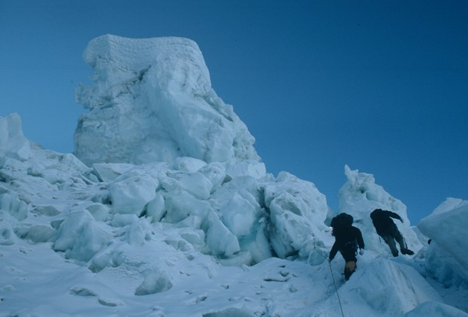 unstable seracs in the icefall on everest.JPG