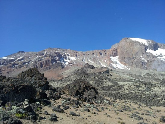 Mount Kilimanjaro summit massif.jpg