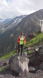 elbrus acclim walks 2.jpg