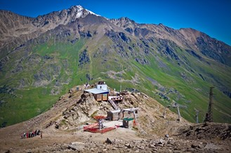 Cable car station Mount Elbrus .jpg