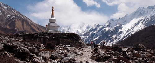 Langtang-Valley-with-Gosaikunda.jpg