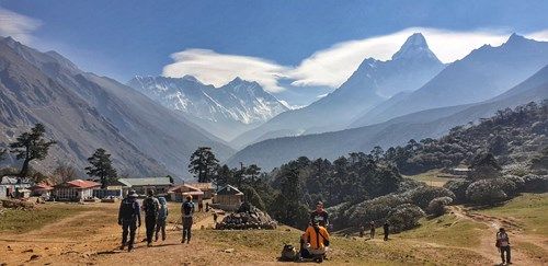 Looking north up the valley to Mt Everest in the distance