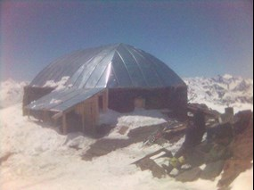 Diesel Hut on Mount Elbrus.jpg